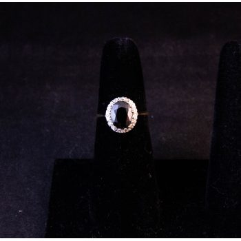 9k yellow gold cluster dress ring. Size M Price includes nationwide delivery
