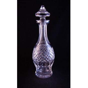 """Waterford Crystal Colleen pattern cut glass decanter. Measures 13.5""""H"""